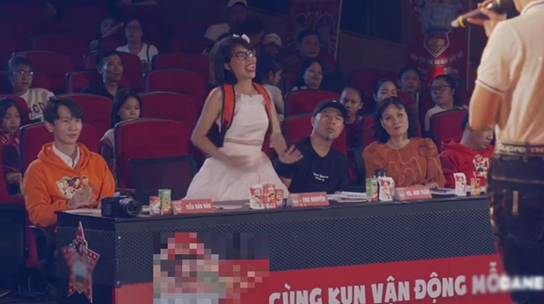 "Gu thoi trang kho ""tham"" cua Youtuber Tho Nguyen-Hinh-11"