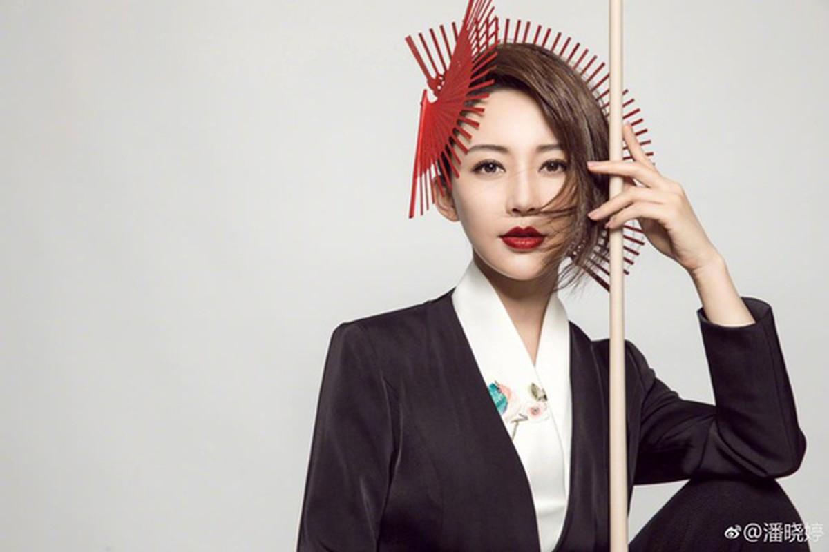 "Phong cach thoi trang sexy cua ""nu than bi-a"" xu Trung"