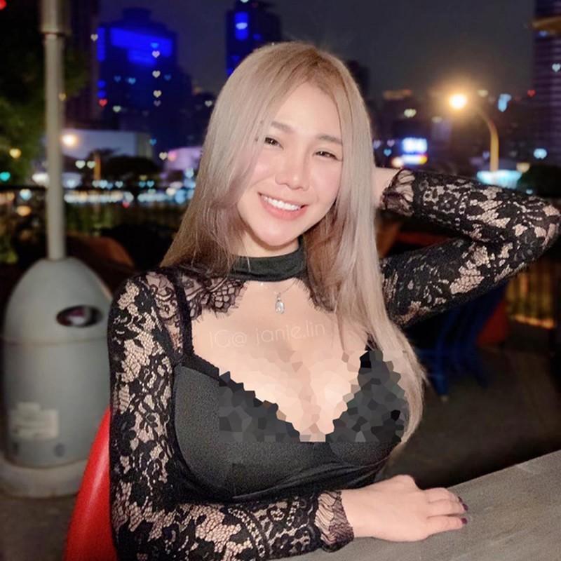 "Khoe anh di mua do an, hotgirl co tinh show body ""phon thuc""-Hinh-4"