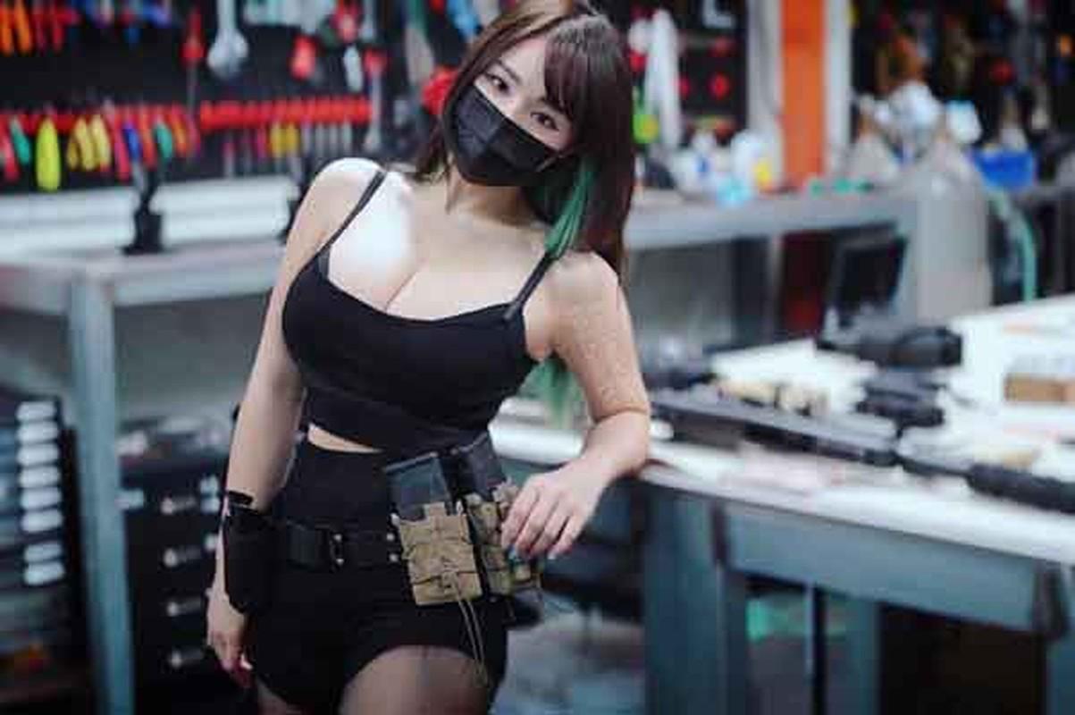 "Khoe anh di mua do an, hotgirl co tinh show body ""phon thuc""-Hinh-7"