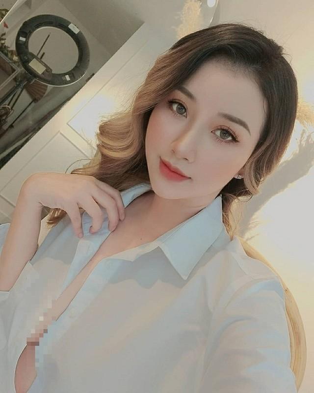 "Chuong phong cach ""tha rong"", hotgirl Viet len bao ngoai gay ban tan-Hinh-8"
