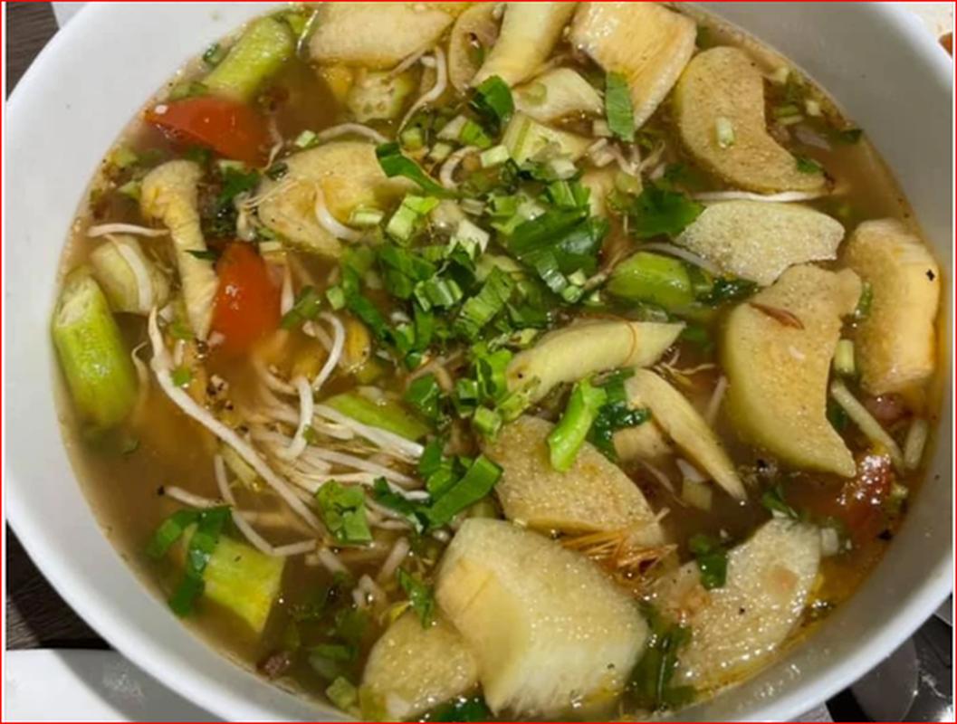 """O nha mua dich, Tran Thanh khoe tai nau an """"dinh cua chop""""-Hinh-9"""