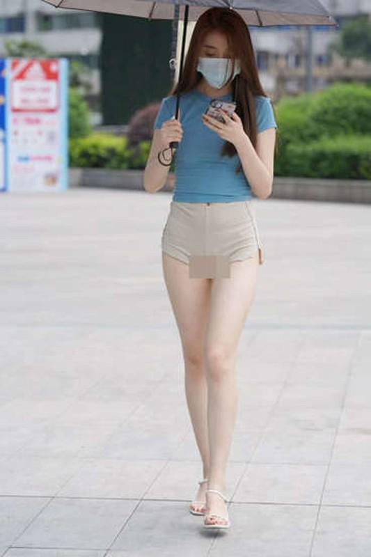 Mac mau nude, chi em phoi bay vung kin, lo nhuoc diem co the-Hinh-13