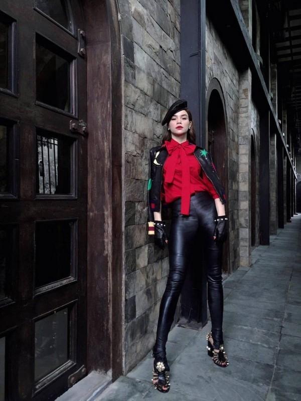 Nhung set do hoan hao cua Ha Ho du Milan Fashion Week-Hinh-9