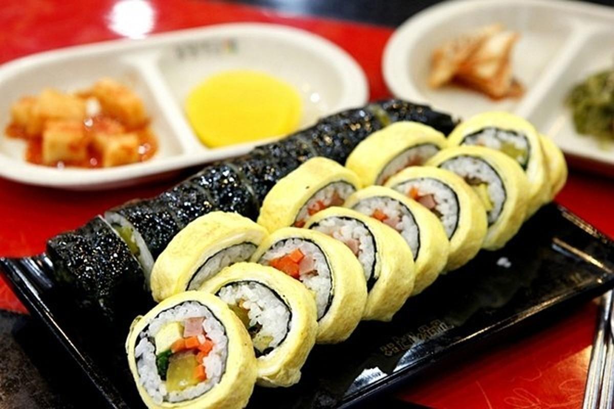 """4 cach lam com cuon """"an dut"""" sushi Nhat Ban-Hinh-7"""