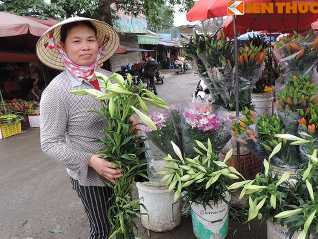 Choang vang gia cuc chat cua hoa loa ken dau mua-Hinh-2