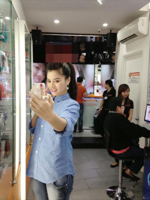 Soi dien thoai sang chanh cua my nhan Viet-Hinh-9