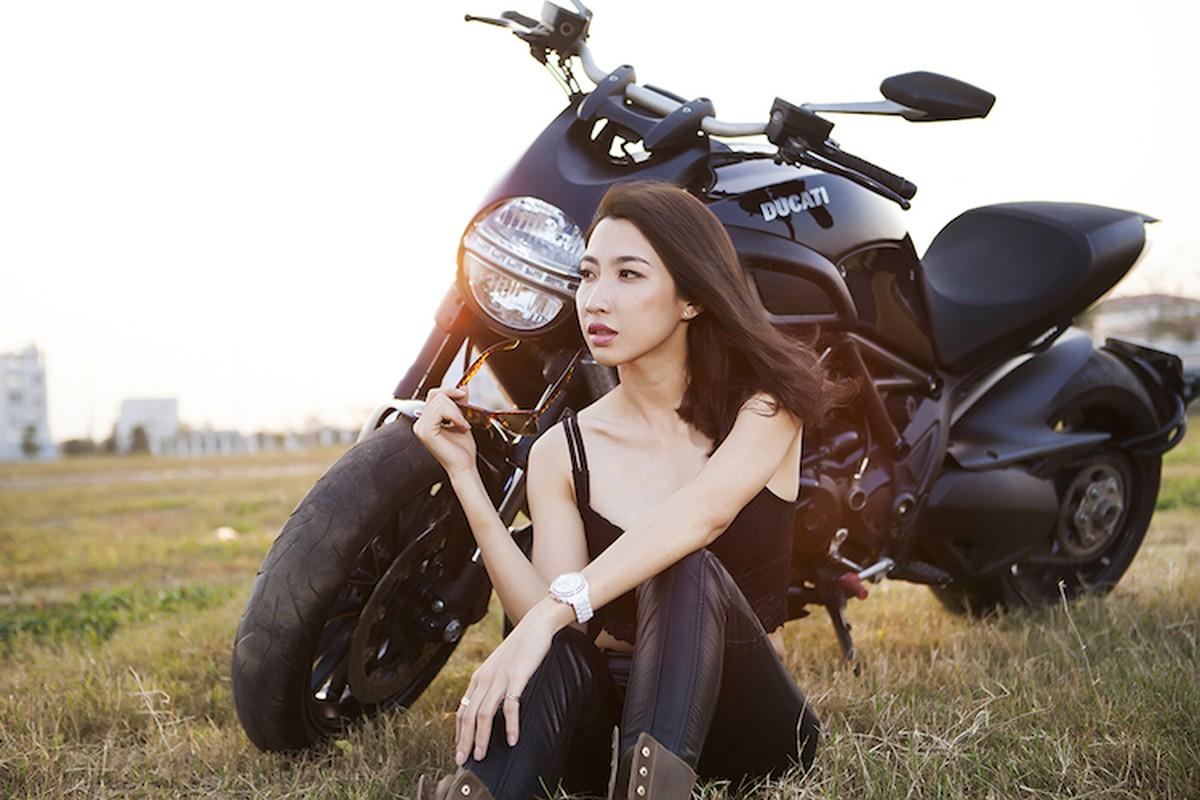 "Ngam chan dai tha dang ben ""ga co bap"" Ducati Diavel-Hinh-14"
