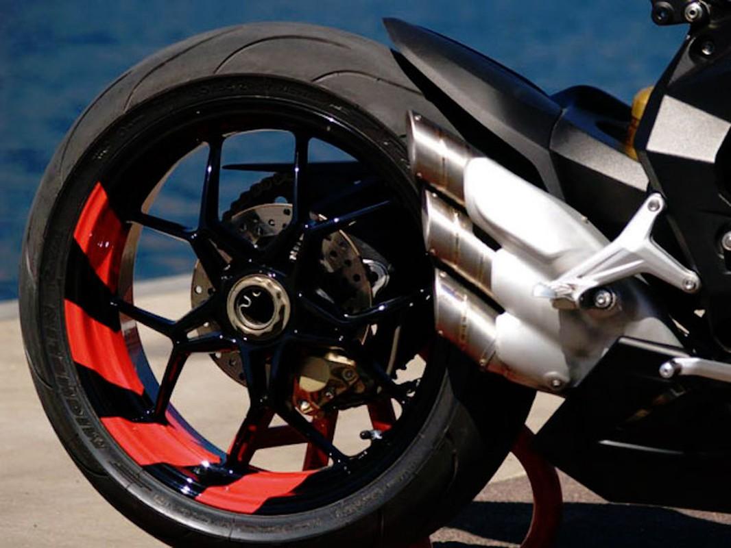 """""""Doc ban"""" MV Agusta F3 len dan ao Virginio Ferrari Racing cuc dinh-Hinh-14"""