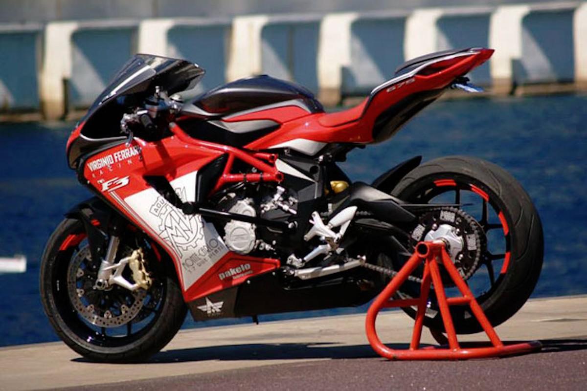 """""""Doc ban"""" MV Agusta F3 len dan ao Virginio Ferrari Racing cuc dinh-Hinh-3"""