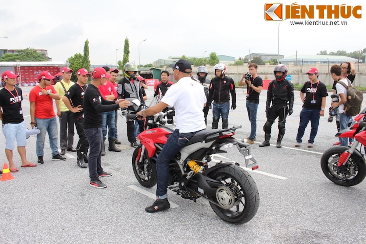 Luyen tap ky nang gi tai Ducati Riding Experience 2015?-Hinh-10