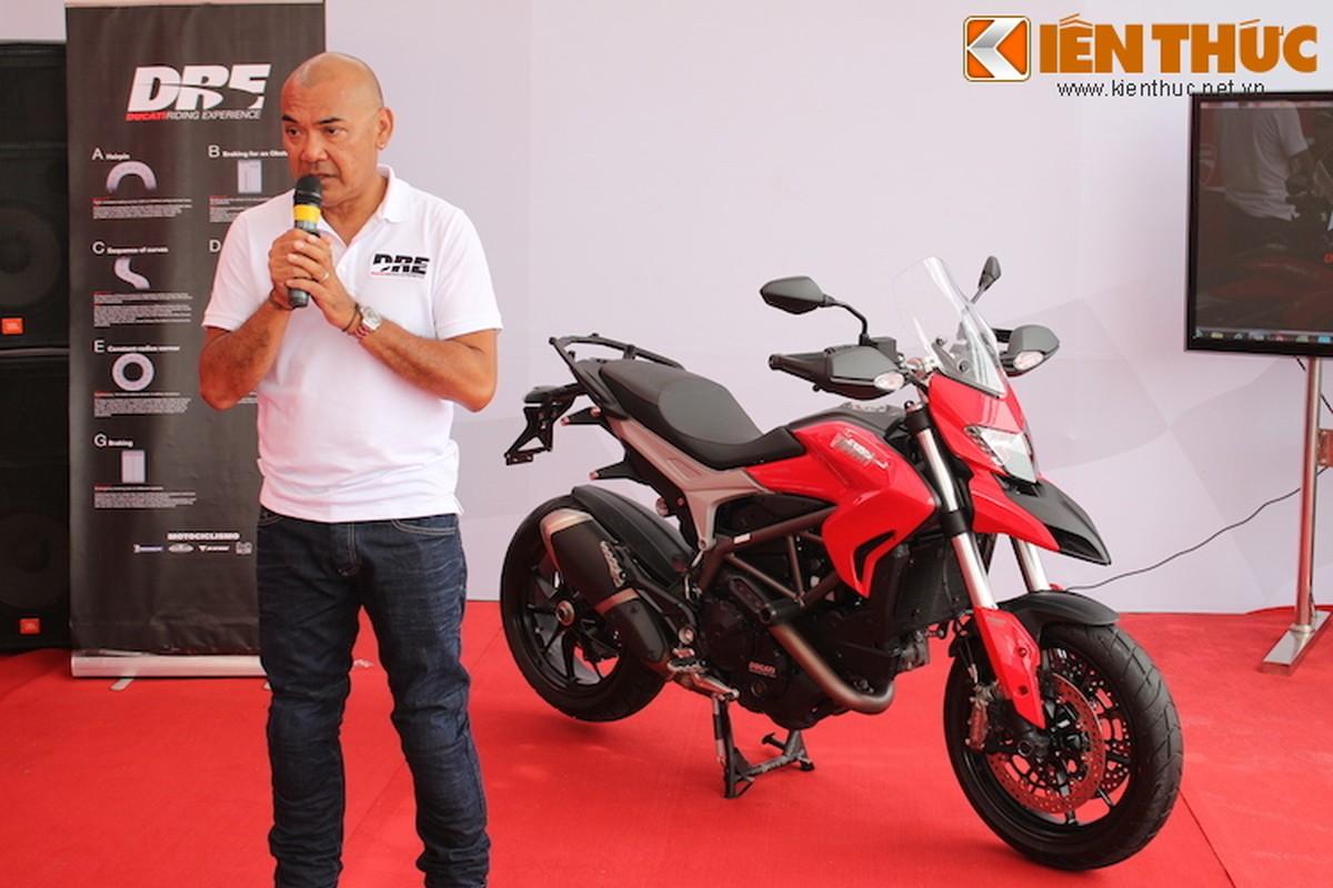 Luyen tap ky nang gi tai Ducati Riding Experience 2015?-Hinh-2