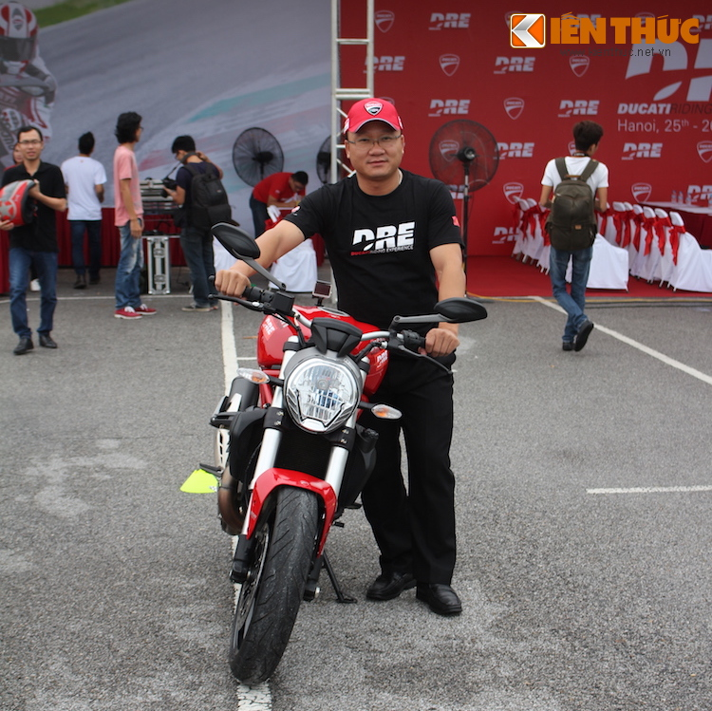 Luyen tap ky nang gi tai Ducati Riding Experience 2015?-Hinh-6