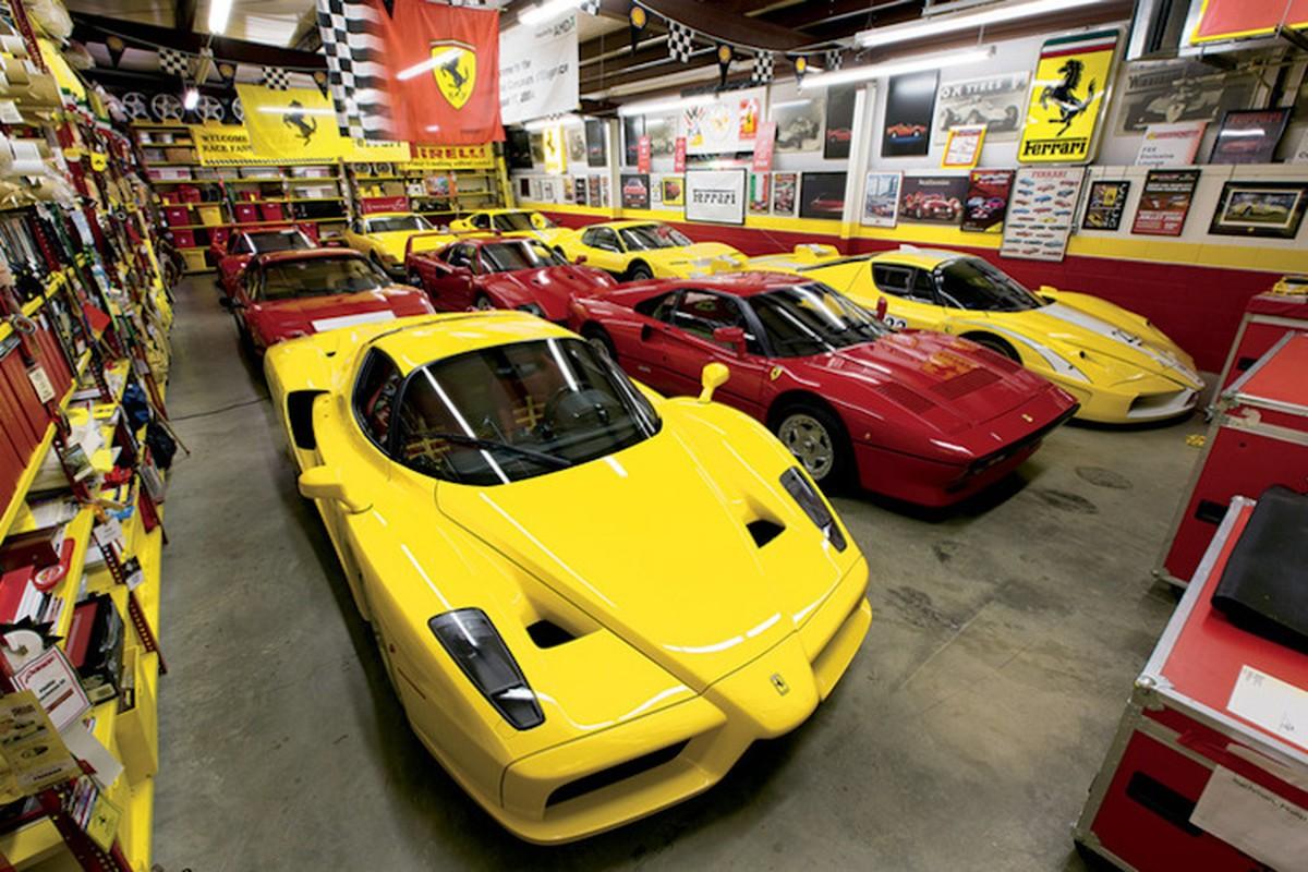 Doi vo chong gia va bo suu tap sieu xe Ferrari trieu do-Hinh-8