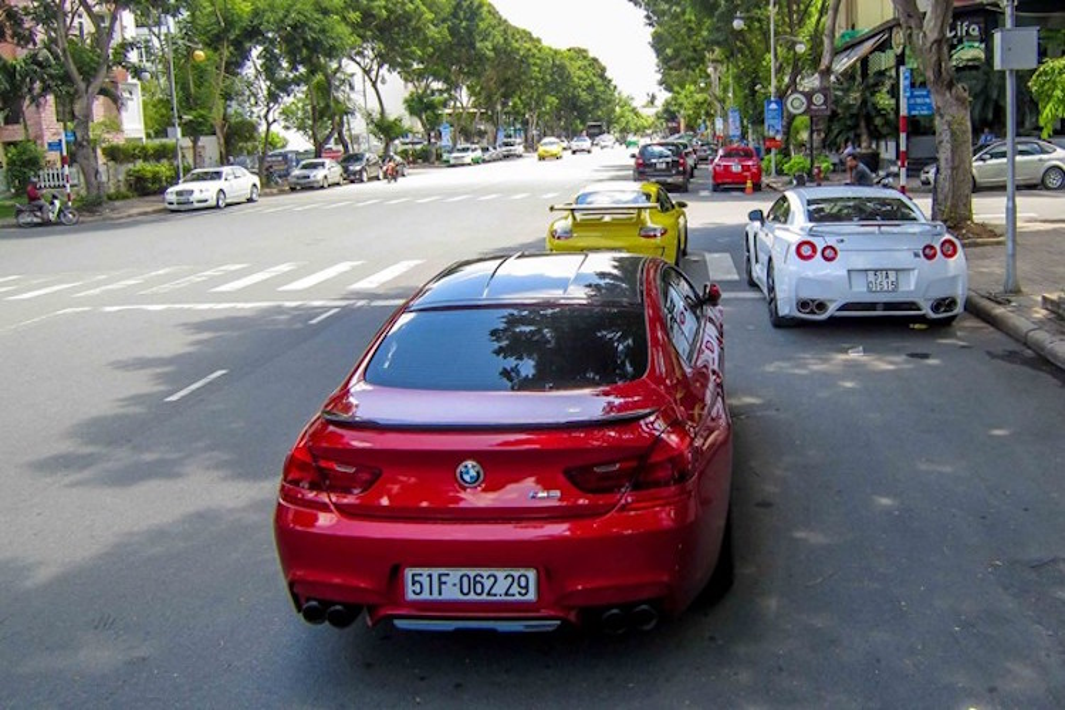 """Man nhan"" voi dan sieu xe khung dao pho Sai Gon-Hinh-8"