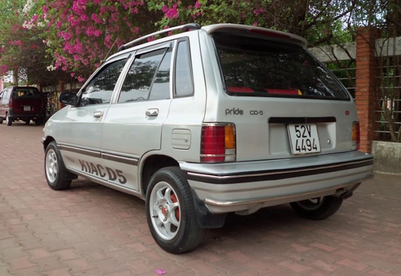 Loat xe oto cu gia duoi 100 trieu dong tai Viet Nam-Hinh-3