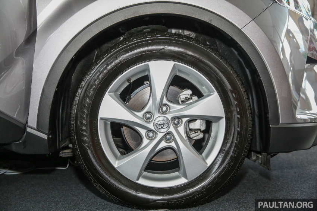 "Toyota ra mat xe oto CH-R ""doi thu"" Mazda CX-3-Hinh-7"