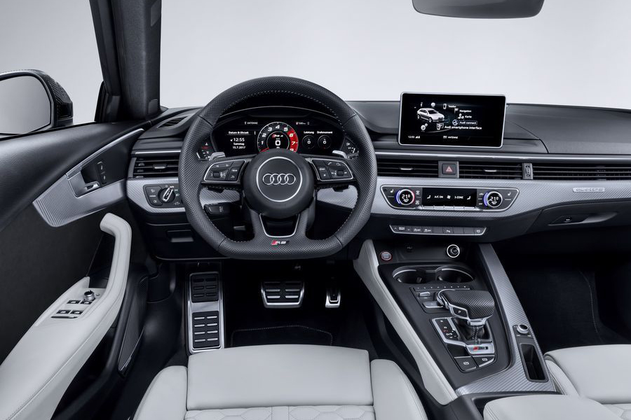 Can canh xe sang Audi RS4 Avant gia tu 2,11 ty dong-Hinh-5