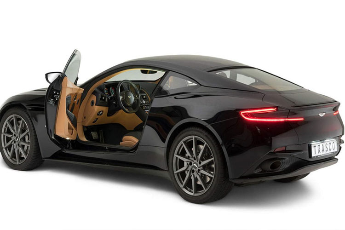 Xe boc thep chong dan Aston Martin gia 4,6 ty dong-Hinh-3