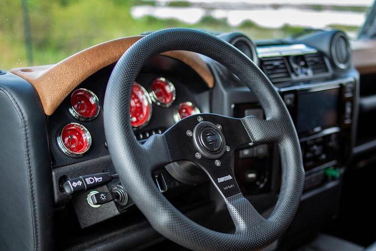 Xem Land Rover Defender 110 do khung tu trong ra ngoai-Hinh-7