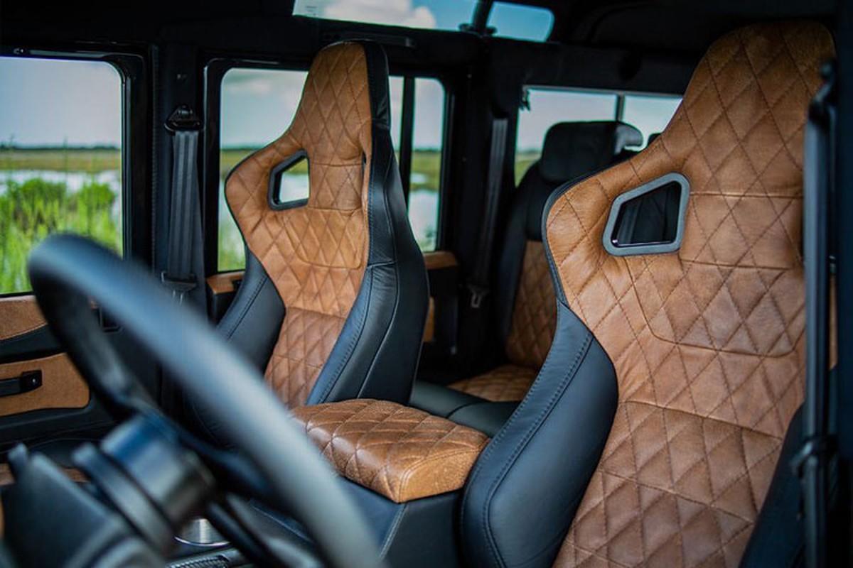 Xem Land Rover Defender 110 do khung tu trong ra ngoai-Hinh-8