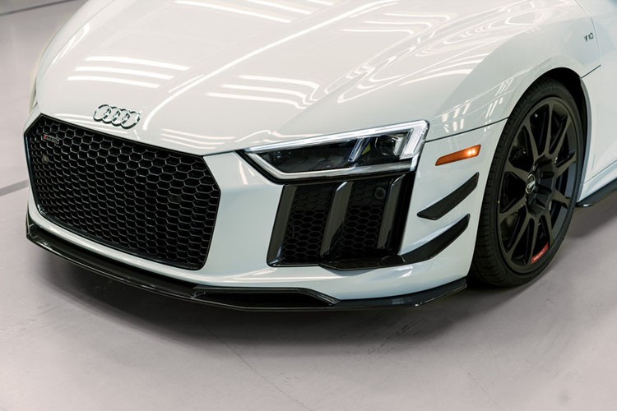 Sieu xe Audi R8 V10 gia tu 5,5 ty dong co gi hot?-Hinh-3