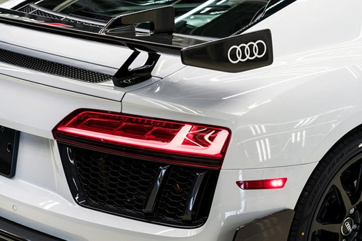 Sieu xe Audi R8 V10 gia tu 5,5 ty dong co gi hot?-Hinh-4