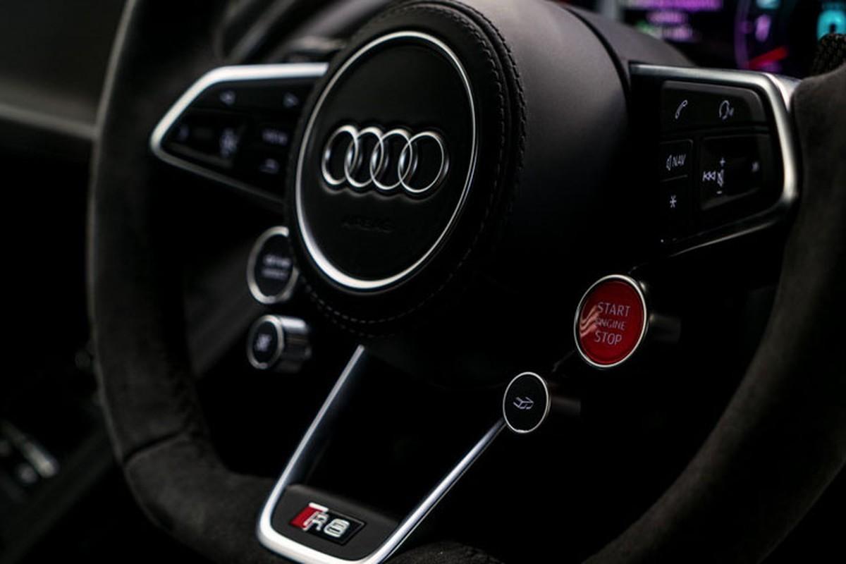 Sieu xe Audi R8 V10 gia tu 5,5 ty dong co gi hot?-Hinh-8