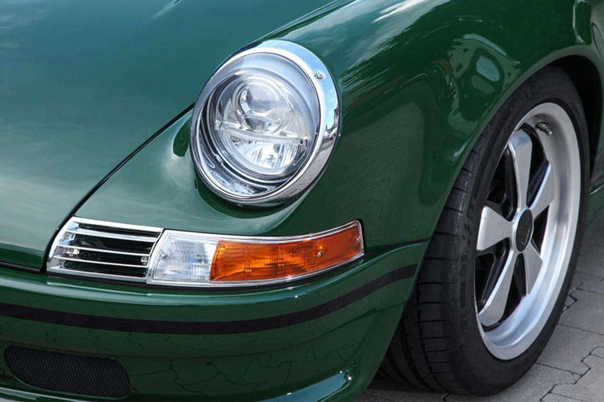 Choang voi xe co Porsche 911 phuc che gia toi 54 ty dong-Hinh-3