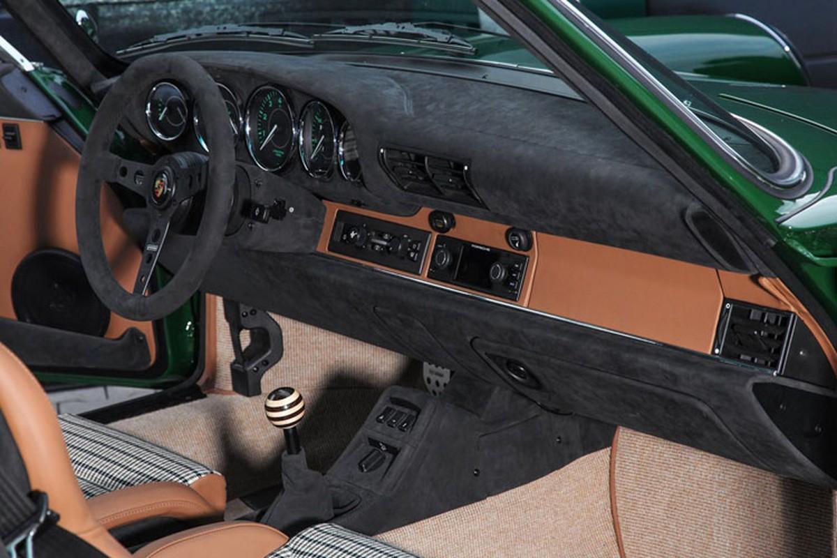 Choang voi xe co Porsche 911 phuc che gia toi 54 ty dong-Hinh-6