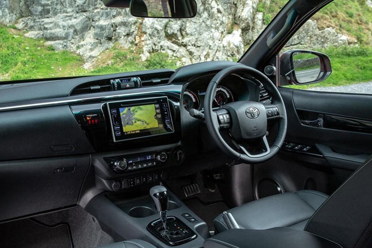 Chi tiet Toyota Hilux Invincible X dac biet gia 994 trieu dong-Hinh-7