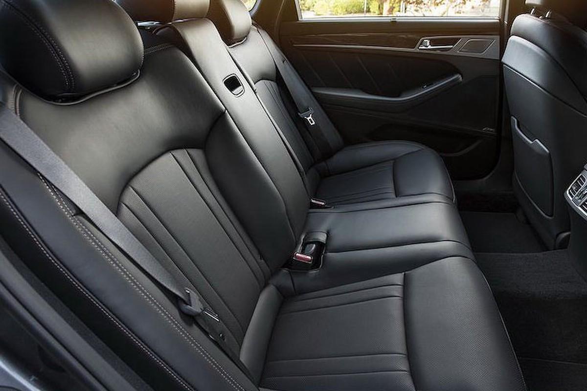 Genesis G80 2019 gia tu 982 trieu dau Mercedes E-Class-Hinh-6