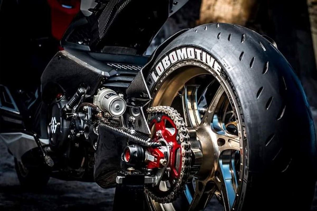 "Xe ga Yamaha TMAX ""nhai"" sieu moto YZF-R1 cuc doc-Hinh-6"