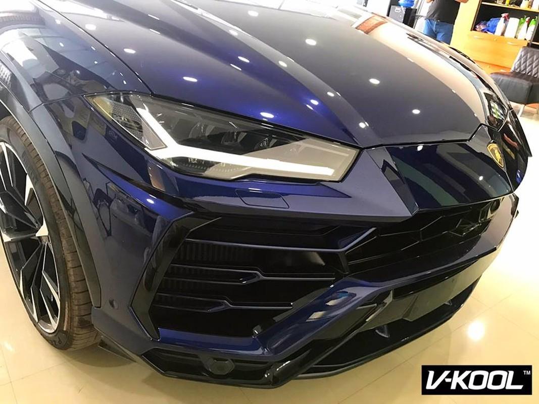 Can canh sieu SUV Lamborghini Urus dau tien cua dai gia Lao-Hinh-3