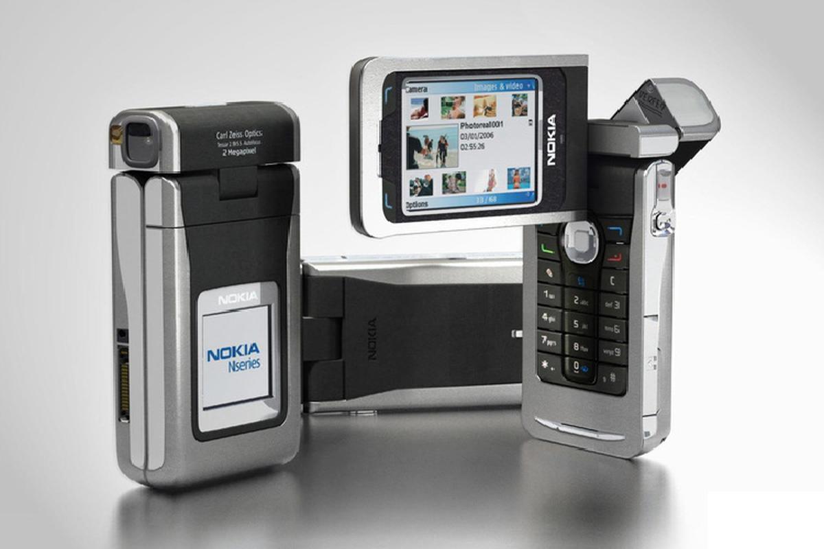 Nhung chiec dien thoai xoay dau tien truoc ca Samsung A80-Hinh-3