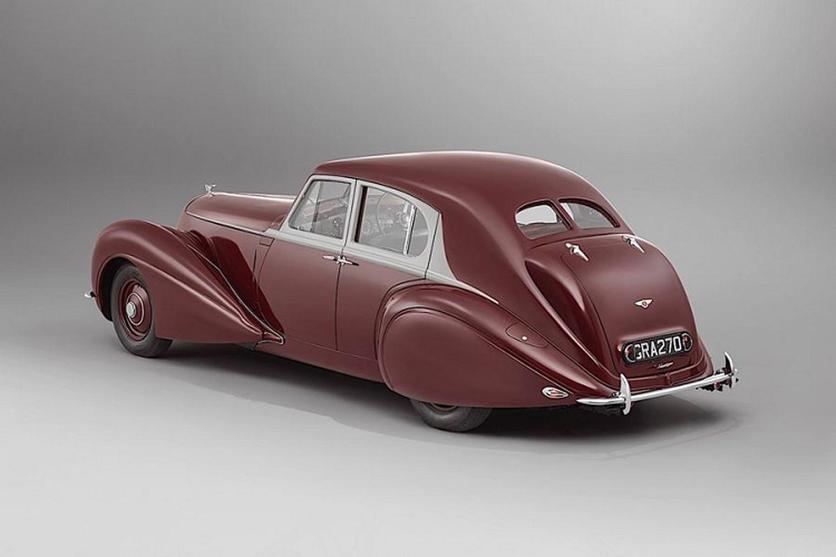 """Ong cu"" Bentley Corniche sinh 1939 bat ngo hoi sinh-Hinh-5"