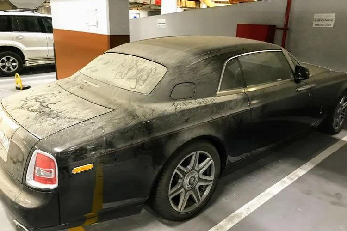 Hang loat xe sieu sang Rolls-Royce bi