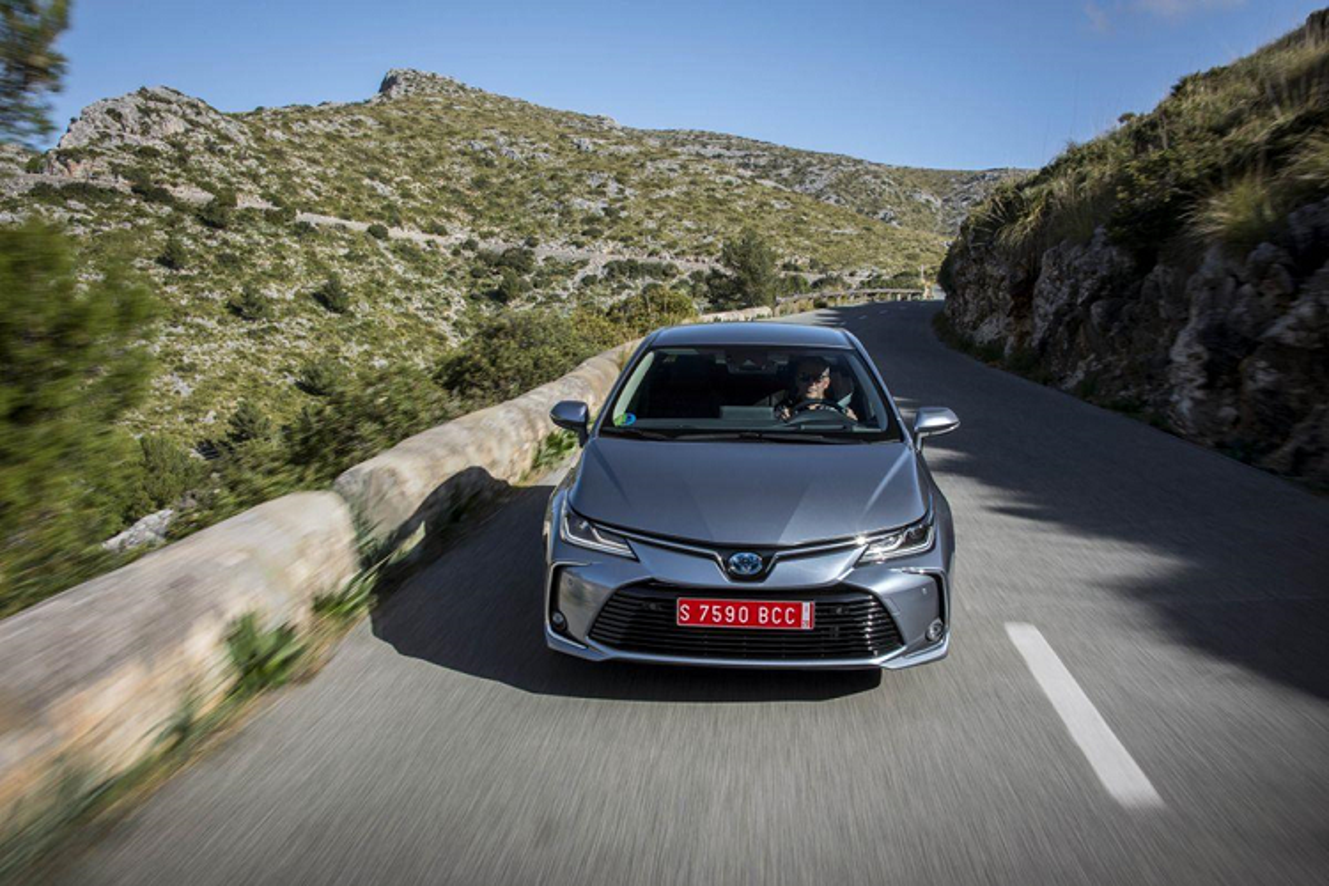 Toyota Corolla Altis 2019 tu 534 trieu sap ve Viet Nam-Hinh-4