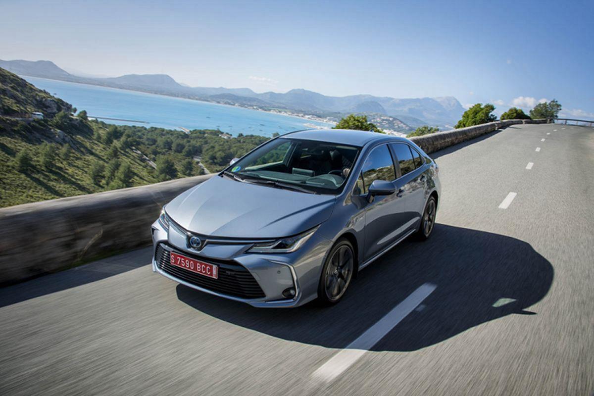 Toyota Corolla Altis 2019 tu 534 trieu sap ve Viet Nam
