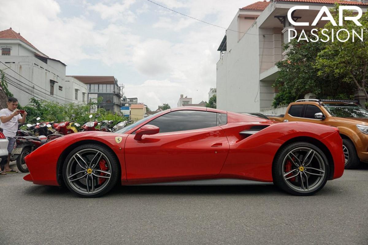 Chi tiet Ferrari 488 Spider tien ty cua Cuong Do la-Hinh-2