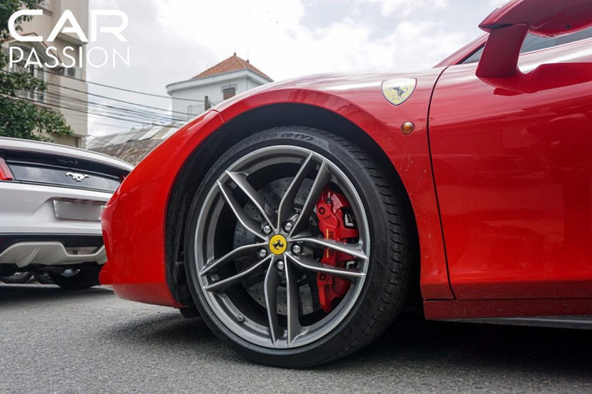 Chi tiet Ferrari 488 Spider tien ty cua Cuong Do la-Hinh-7