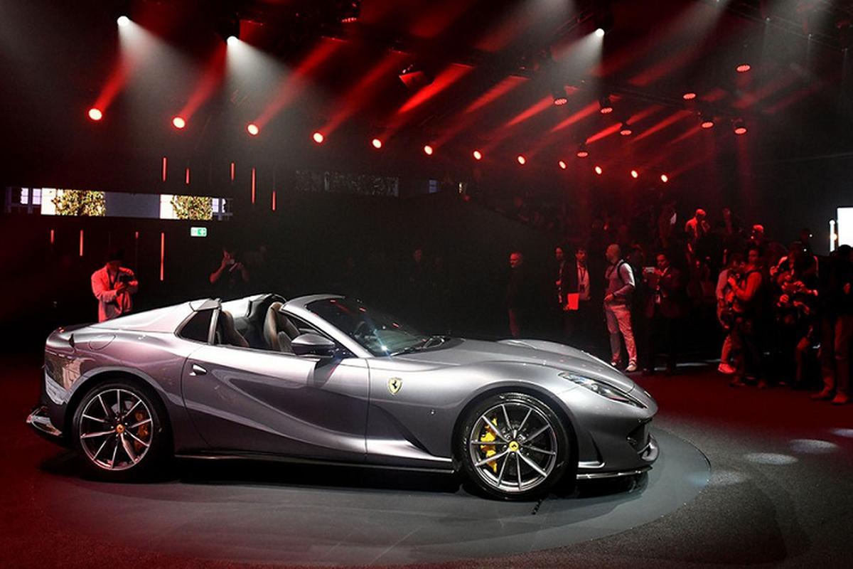 Sieu xe Ferrari 812 GTS V12 manh hon Aventador SVJ Roadster-Hinh-2