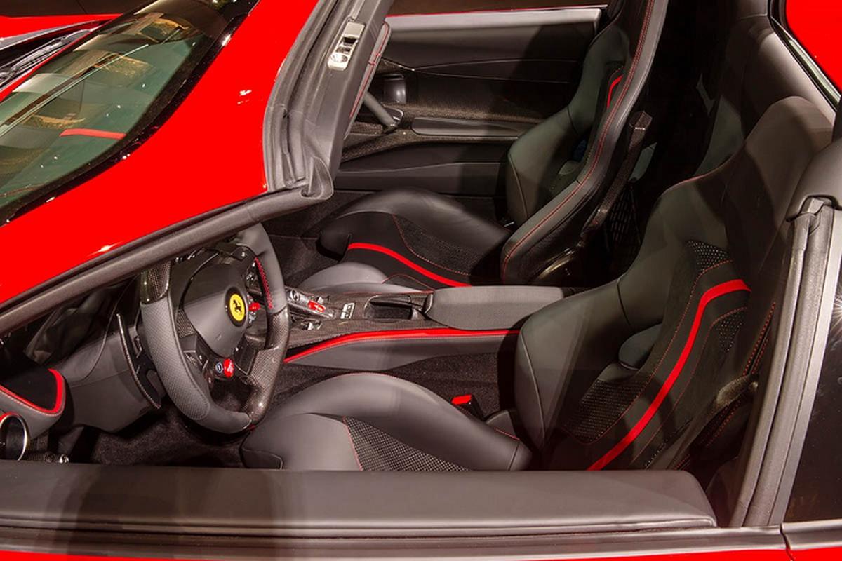 Sieu xe Ferrari 812 GTS V12 manh hon Aventador SVJ Roadster-Hinh-6