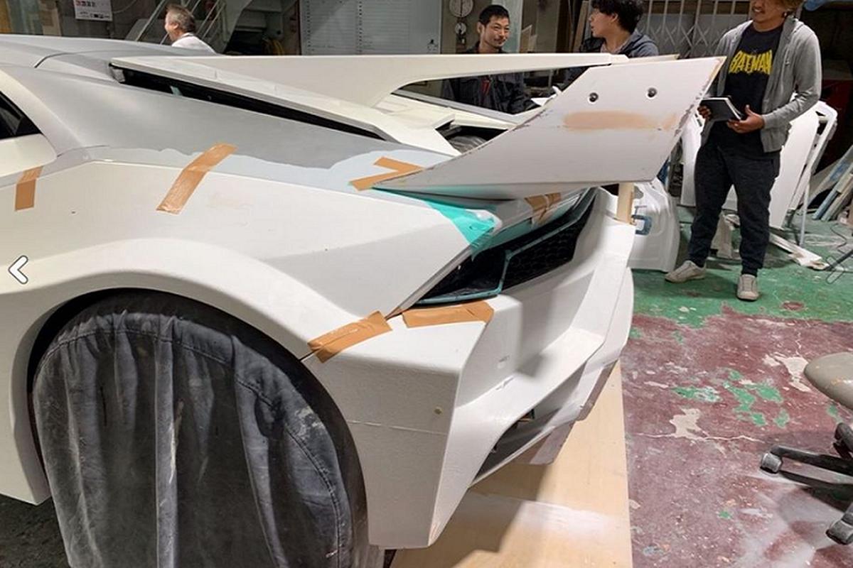 Lamborghini Huracan Liberty Walk gia ngang Toyota Supra moi-Hinh-4