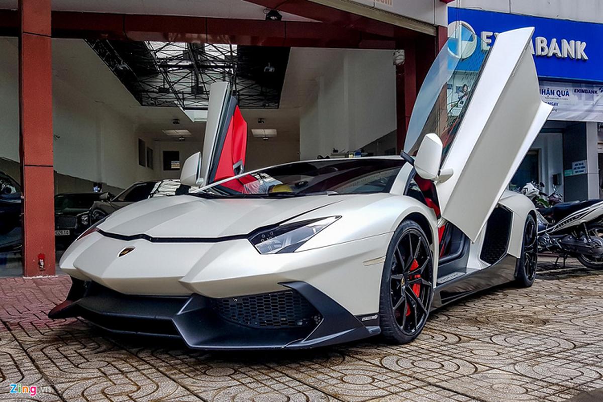 Lamborghini Aventador ban ky niem 50 nam tai Sai Gon