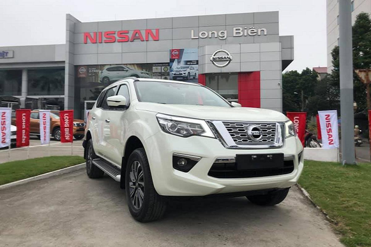 Ban tai Nissan Navara Black Edition tu 625 trieu tai Viet Nam-Hinh-7