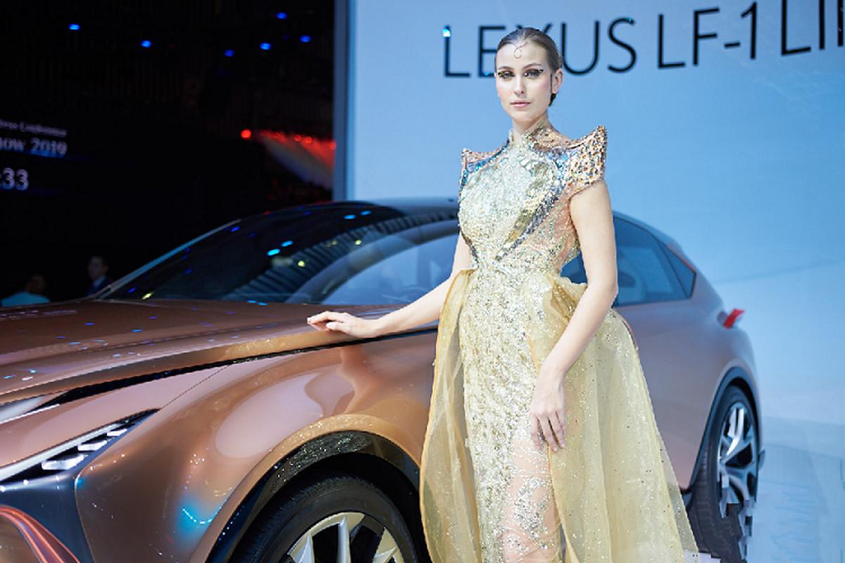 Ngam xe sang Lexus LF-1 Limitless moi tai trien lam VMS 2019-Hinh-8