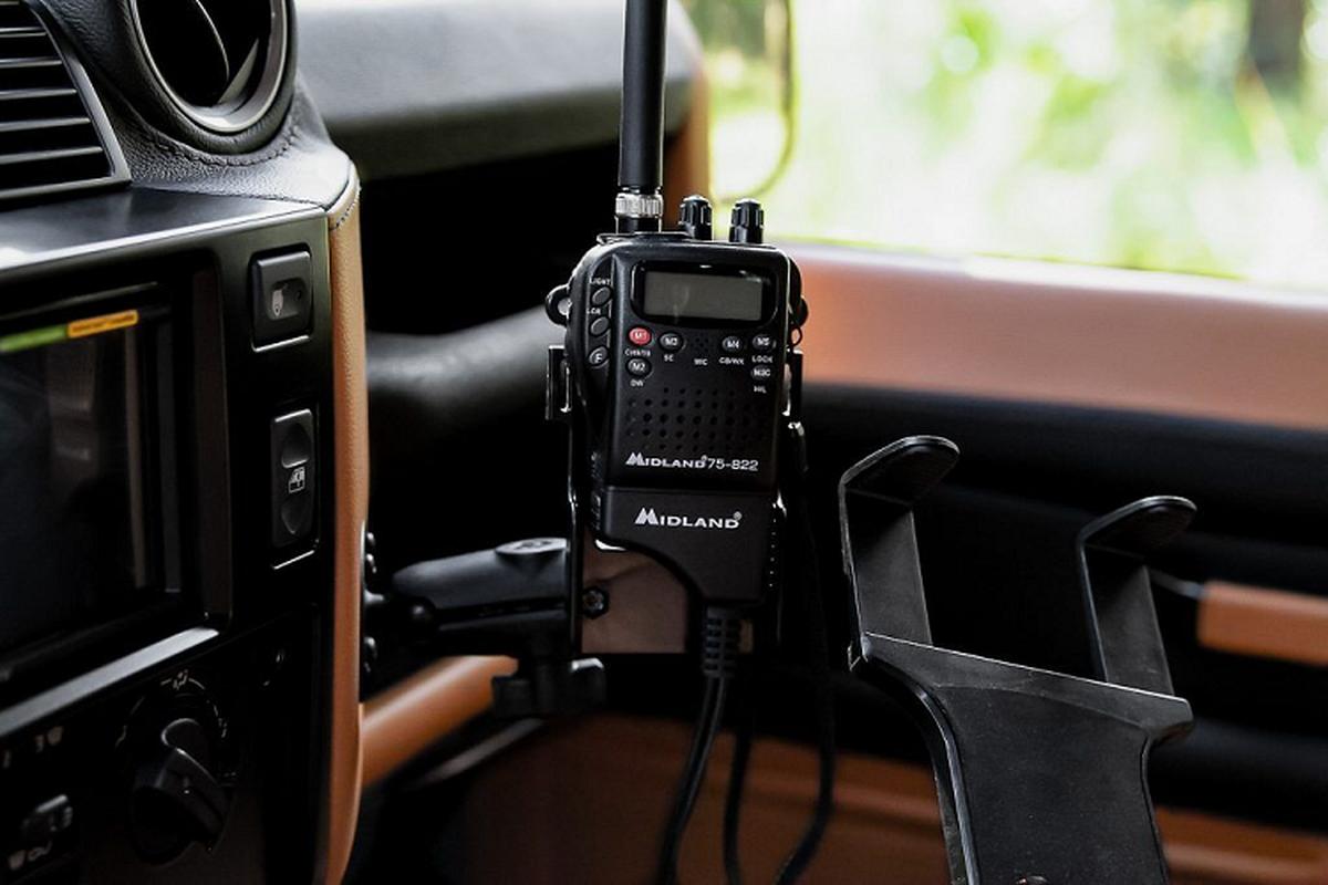 Ngam xe Land Rover Defender ECD do khung cho dan phuot-Hinh-6