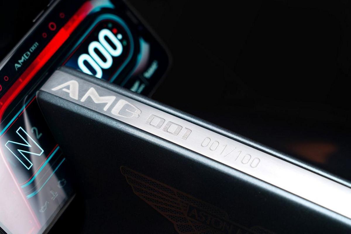 Sieu xe 2 banh dau tien cua Aston Martin tu 2,8 ty dong-Hinh-5