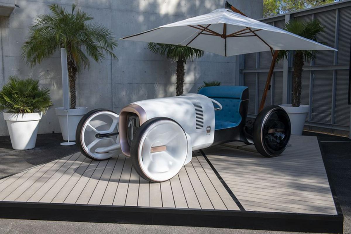 Vision Mercedes Simplex - xe hoai co nhung ngap tran cong nghe